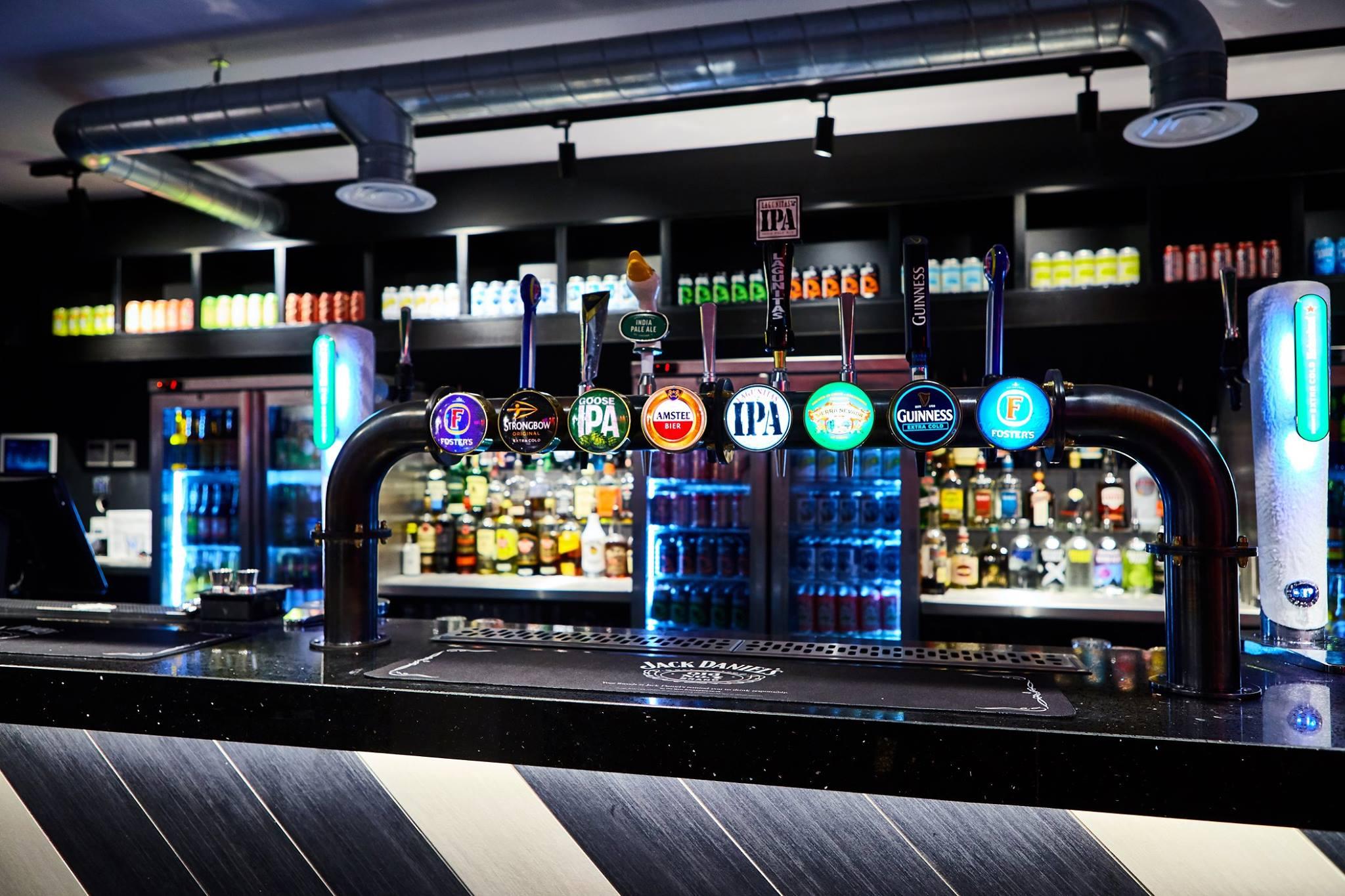 Sports Bar In London Bridge Belushi S Bars