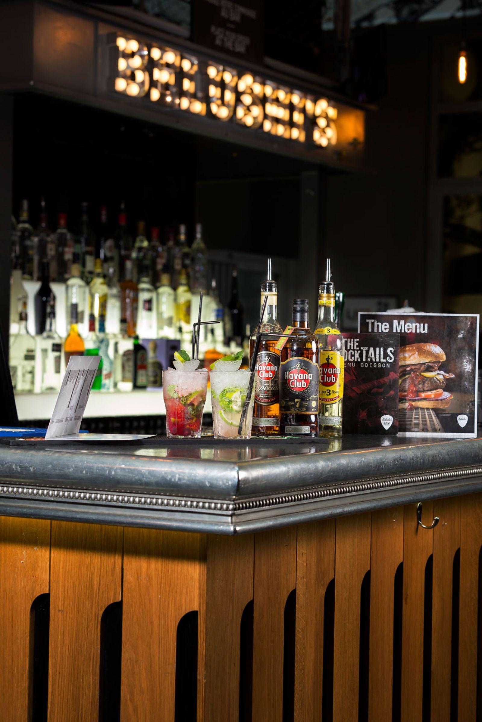 Bar in paris gare du nord belushi 39 s bars for Gare du nord paris